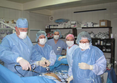 Dr. Gryska Performing a Lap Chole with the Assistance of Dr. Dan, Judy Hershey, Kasia Hiero and Derek Henderson