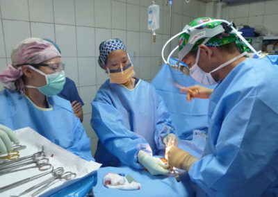 Dr. Rushing Team Performing Surgery