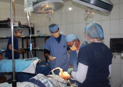 Dr. Saulson and Team Perform Cataract Surgery